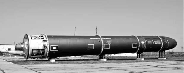"""Р-36М """"Сатана"""" - 45 лет на службе. Как самое опасное оружие 20 века надолго стало надежным гарантом мира"""
