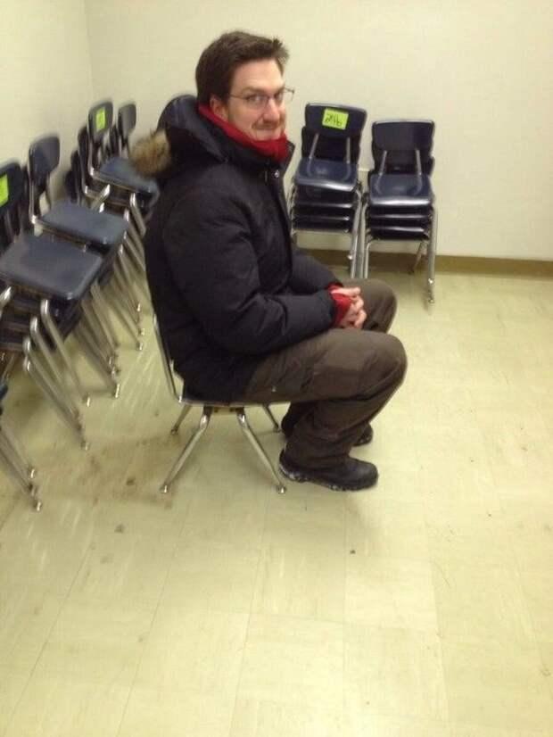 Мы купили партию стульев в офис