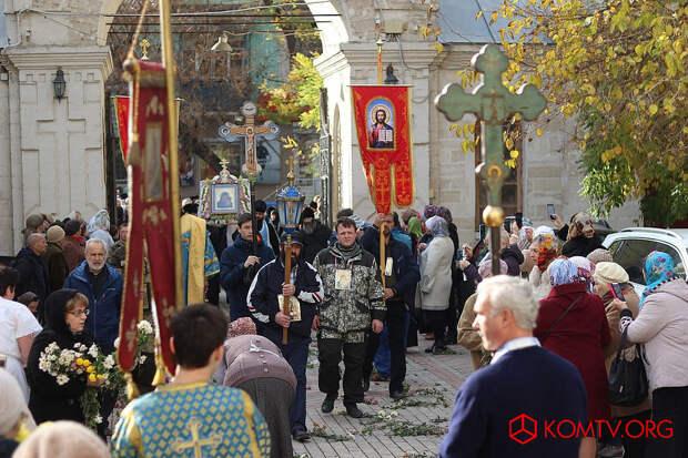 В Феодосию пришел Крестный ход