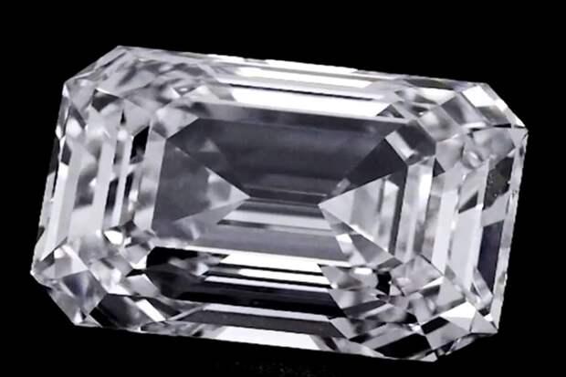 Аукционный дом Christie's сообщил о продаже крупнейшего бриллианта из России