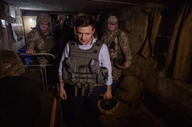 Визит Зеленского на передовую в Донбассе вызвал бурную реакцию в Сети