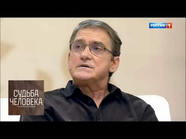 """Гаркалин рассказал о сотрудничестве с Меньшовым: """"Он упал на колени и стал мне подыгрывать"""""""
