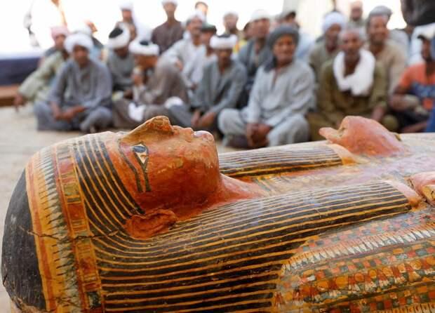 Археологи нашли мумию юной невесты с приданым