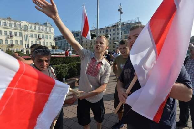 Польские СМИ: поможем Минску за часть земель