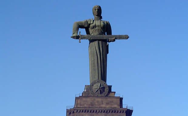 От Еревана до стен Рейхстага: как армяне помогли завоевать Великую Победу