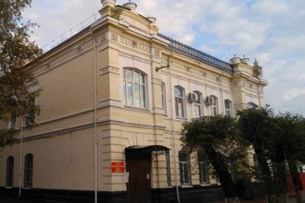 Диваны, кулеры: что появится в поликлинике №1 Уссурийска