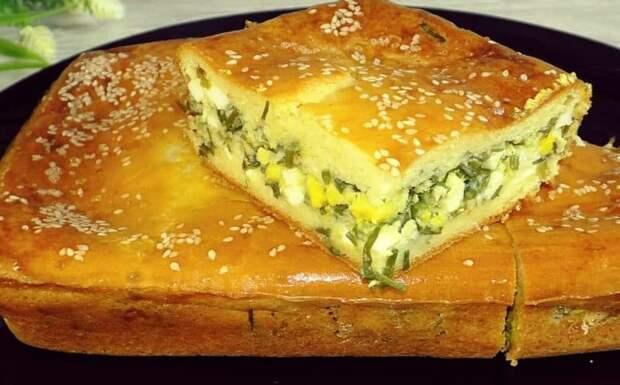 Заливной пирог с луком и яйцами. Нежная закуска вместо пирожков 4