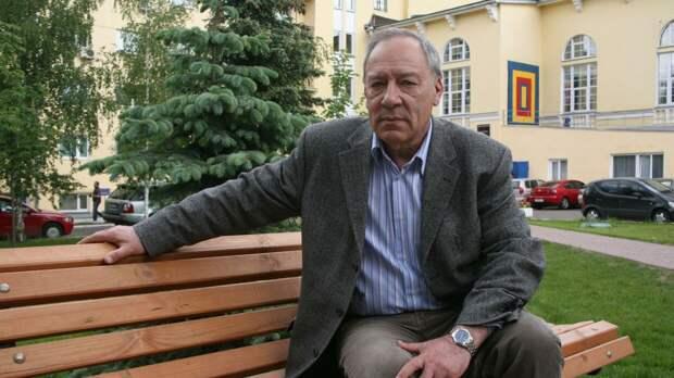 Режиссер Прошкин вспомнил о последнем съемочном дне актера Папанова
