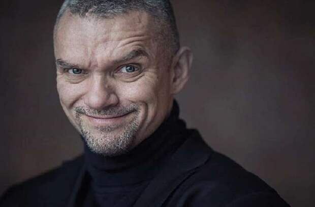 Крышу снесло: российские знаменитости в неадеквате.