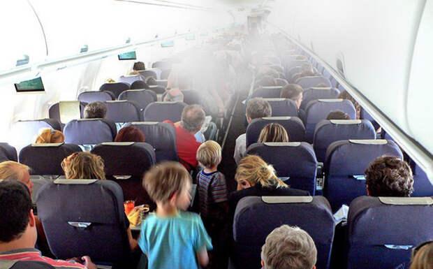 Загоревшийся планшет Samsung привел к экстренной посадке самолета