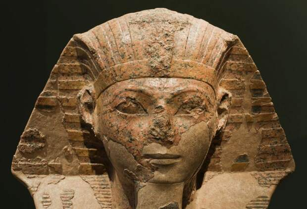"""""""Супруга бога Амона"""" найдена в британском университете"""