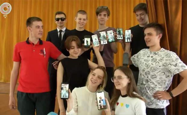 Школьники Новосибирска готовятся к последнему звонку 25 мая