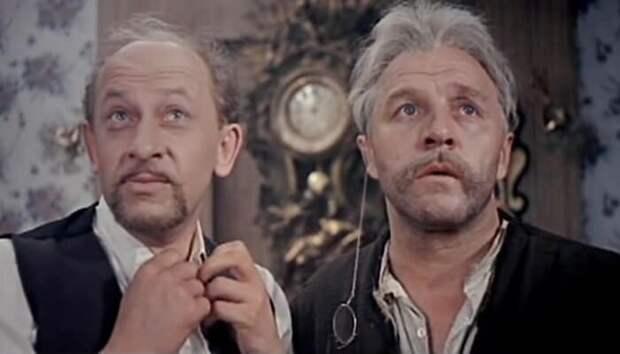 Евгений Евстигнеев и Михаил Ульянов в фильме *Бег*, 1970 | Фото: culture.ru