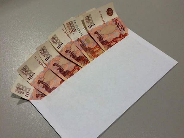 В России планируют ужесточить наказание для работодателей за «серую» зарплату
