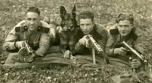 Бойцы маневренной группы НКВД