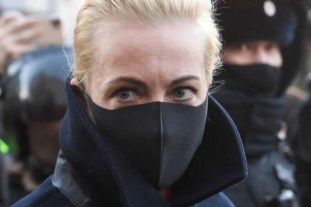 Секретное оружие Навального - его жена