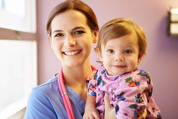 УЗИ позвоночника детям: нюансы и особенности сканирования