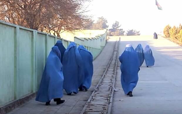 Стало известно о бегстве бойцов элитного британского спецназа SAS под видом женщин