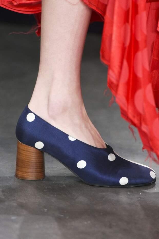 Туфли с круглым каблуком из коллекции Creatures of Comfort