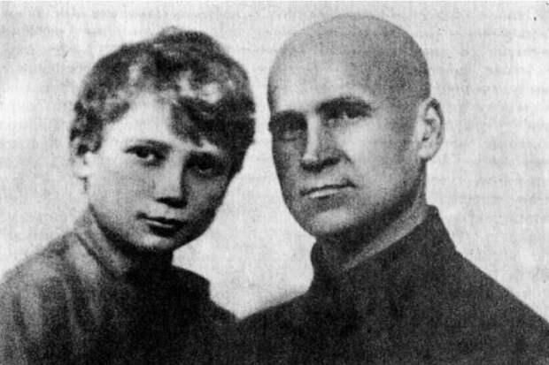 Московский Нострадамус: История мальчика, предсказавшего войну.