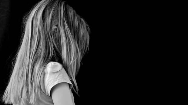 Девочка нарисовала свое убийство и была до смерти забита родителями в Китае