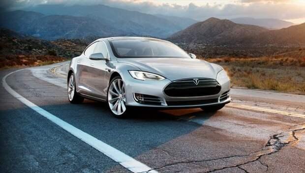 Российские губернаторы включились в «борьбу» за завод Tesla