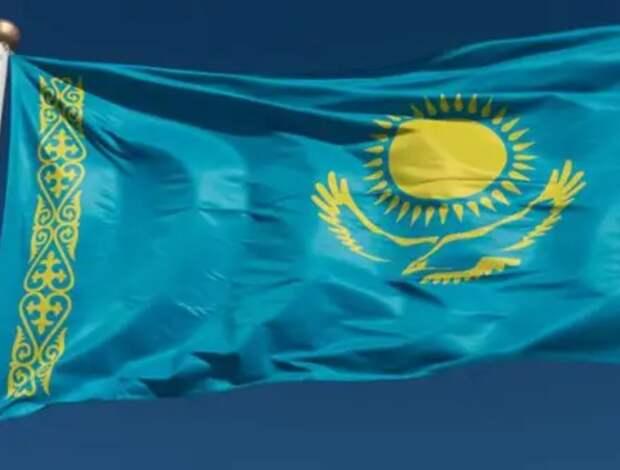 Казахстан берёт русских на «слабо»? Политолог указал, в чём наивна Россия