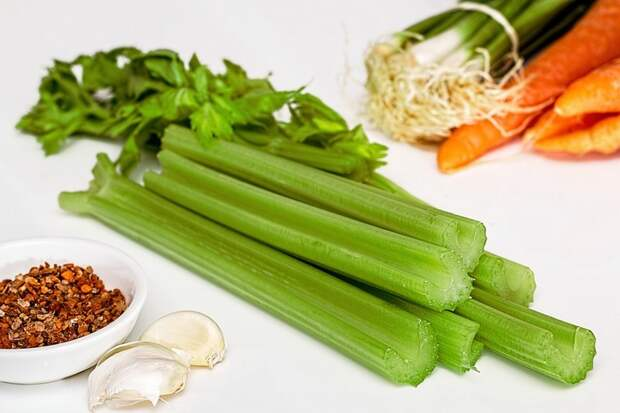 Из сельдерея варенье, необычное, овощи. сахар. сладости, рецепт, фрукты, экзотика