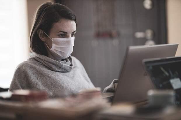 Врачи рассказали, в каких случаях эффективна медицинская маска