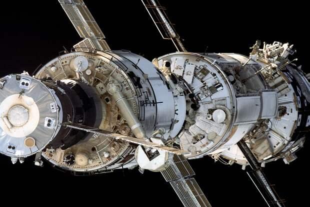 Какая новая орбитальная станция нужна России