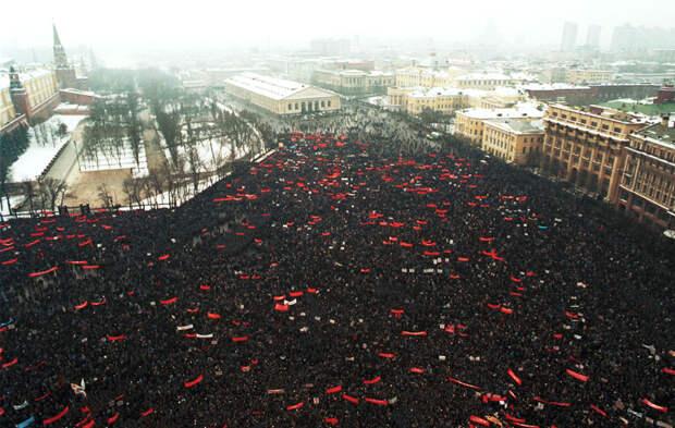 Либеральные мифы: Почему же ваш поганый Советский Союз никто не захотел спасать?