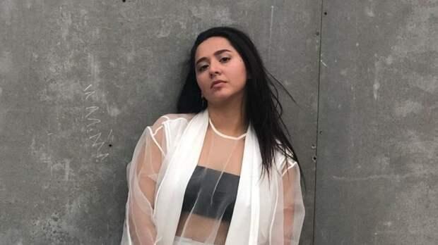Манижа поддержала семьи жертв трагедии в Казани