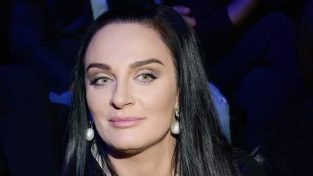 Ваенга отказалась от денег за концерт в Екатеринбурге