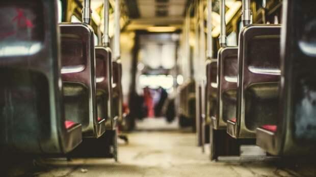 ВЦИОМ: всего 31% петербуржцев каждый день пользуется общественным транспортом