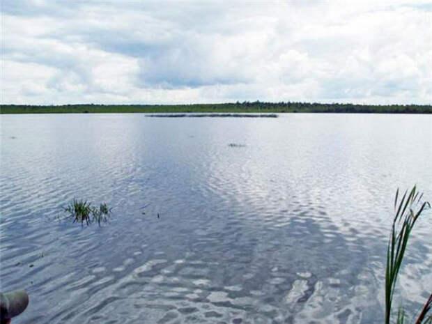 Шайтан озеро в Омской области