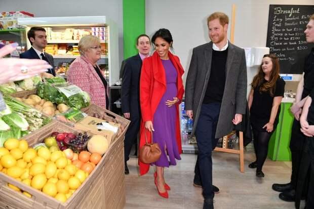 Диванный эксперт Дакс Шепард: Принц Гарри о привилегиях, психическом здоровье и свидании с Меган Маркл в супермаркете