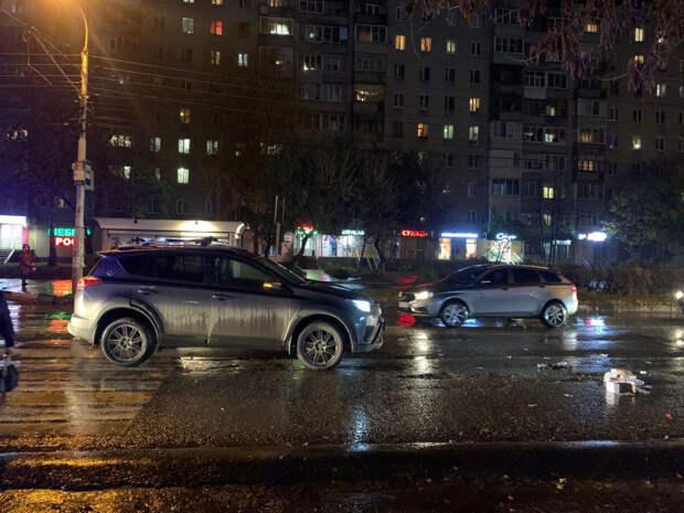 В Рязани на Интернациональной Toyota сбила девушку на пешеходном переходе