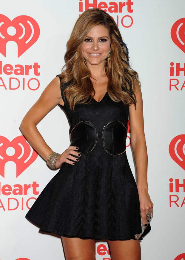 Телеведущая Мария Менунос на красной дорожке фестиваля «iHeartRadio 2013»