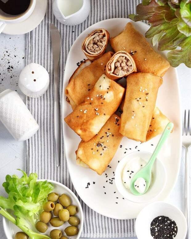 На обед и перекус: готовим блинчики с мясом