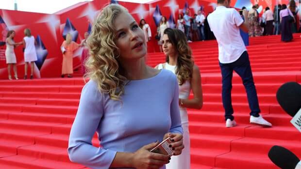 Звезда «Медиатора» Юлия Пересильд рассказала о подготовке к полету на МКС