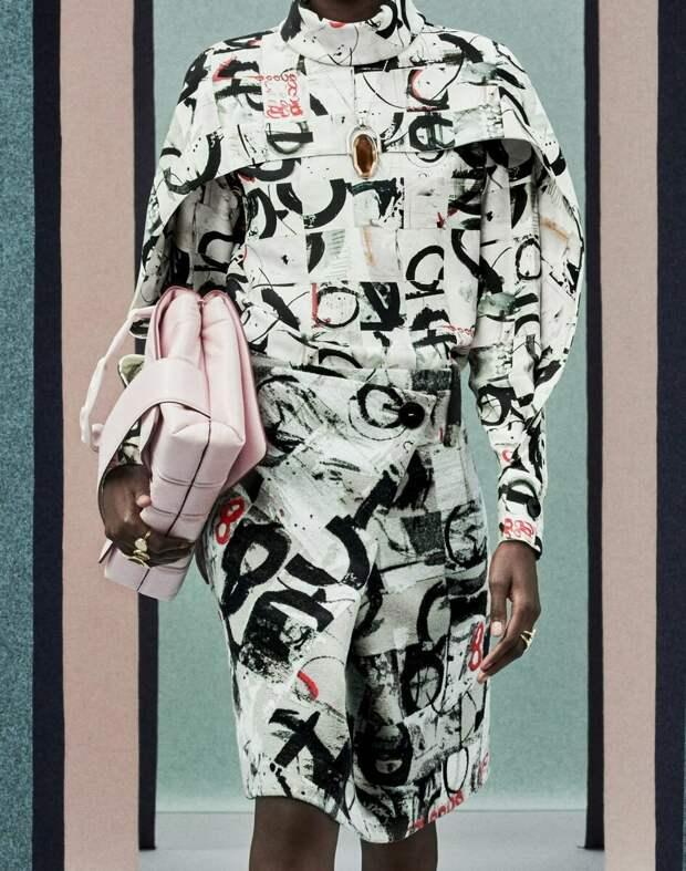 Звезда в шоке: топ 5 новых сумок, которые дизайнеры предлагают носить в новом сезоне
