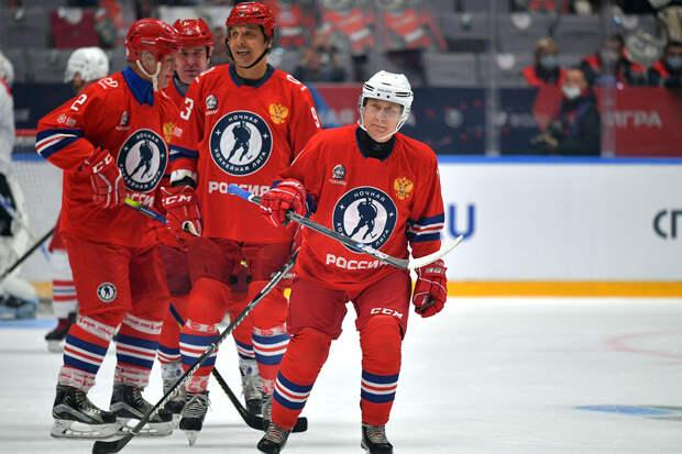 Путин вышел на лёд и забил семь шайб в матче Ночной хоккейной лиги