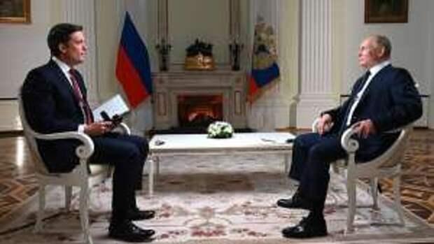 """Вы затыкаете мне рот"": Путин осадил журналиста NBC"
