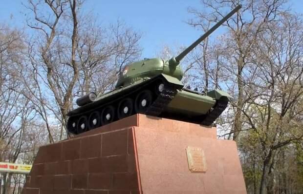 Западный эксперт: Танк Т-34 стал символом не только советской военной мощи, но и всей Второй мировой войны