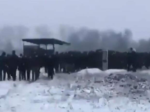 Похороны в Чечне убийцы французского учителя нарушили закон