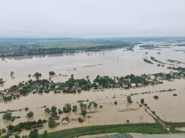 Почему западная Украина тонет в наводнениях
