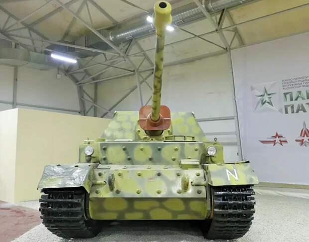 """""""Охота на """"Фердинанда"""". Танковое сражение под курскими Понырями, которое закончилось в подмосковной Кубинке."""