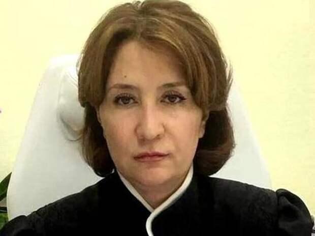 «Золотую судью» Хахалеву лишили полномочий: поводом стали не фальшивый диплом и коррупция, а 128 дней прогулов