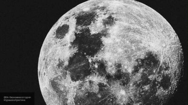 Ученые установили возраст самых древних ледников на Луне