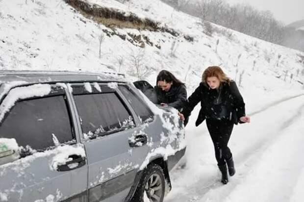 Поездка на дачу зимой - приключения на пятую точку